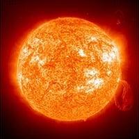 Güneşte Meydana Gelen Müthiş Patlama ve Dünyada Oluşan Aurora