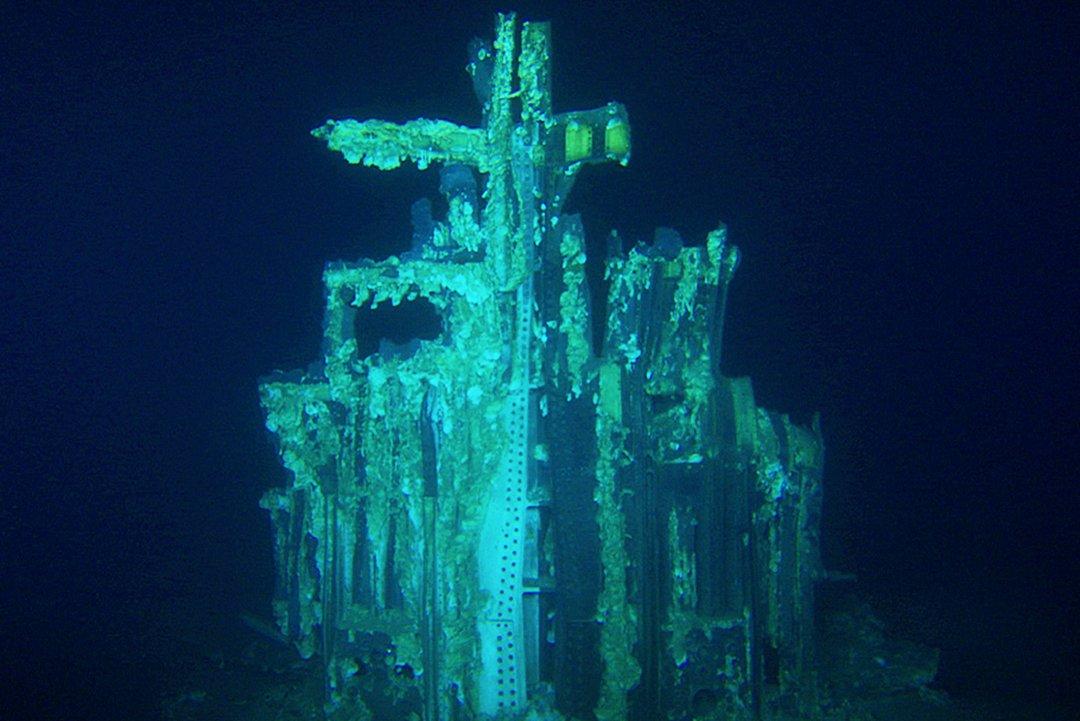 Atlantik Okyanusu derinliklerinde ki F-1 motorlarından bir tanesi.