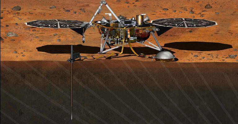 NASA'nın Yeni İnsansız Uzay Aracı InSight, Mars'a Doğru Yola Çıktı