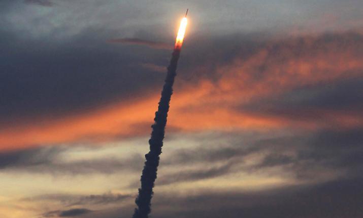 Hindistan Gözlem Uydusu Fırlattı