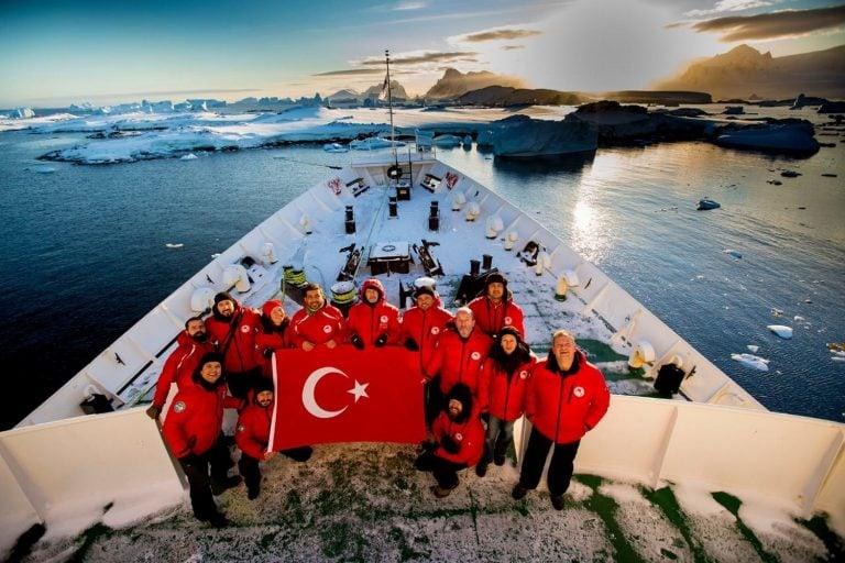 Türkiye Antarktika'da Ne Yapıyor?