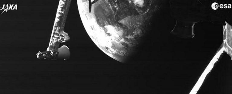 Uzay Aracı Merkür Yolunda Küçük Mavi Gezegenimizin Fotoğraflarını Çekti