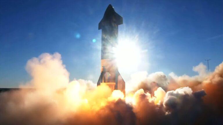 SpaceX Starship SN8 Prototipini Fırlattı Ancak İniş Sırasında Patladı