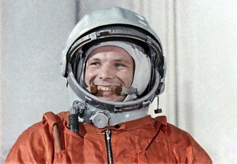 Yuri Gagarin, 60 yıl önce ilk insanlı uzay uçuşunu hangi şartlar altında gerçekleştirdi?