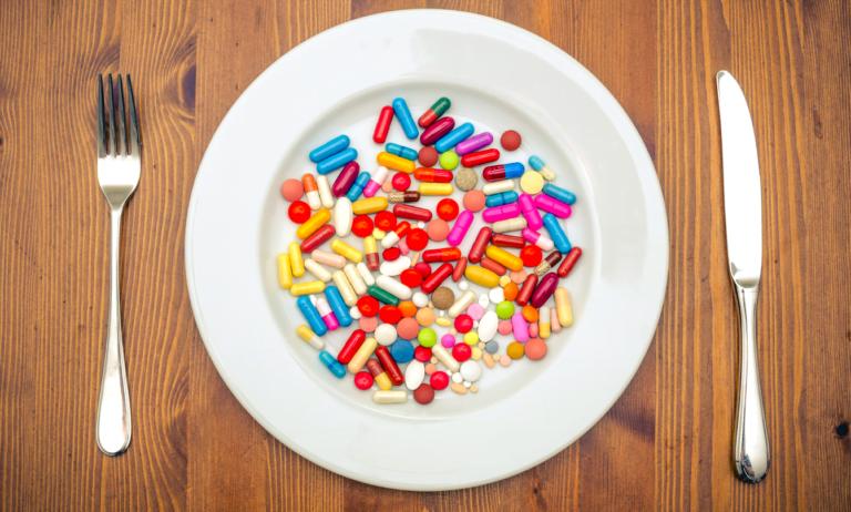 Yemek yerine hapla beslenmek mümkün mü?