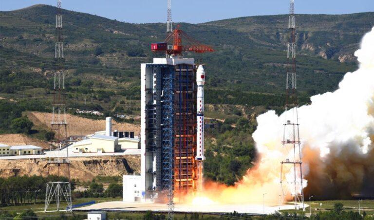 Çin, Hiperspektral Dünya Gözlem Uydusunu Fırlattı
