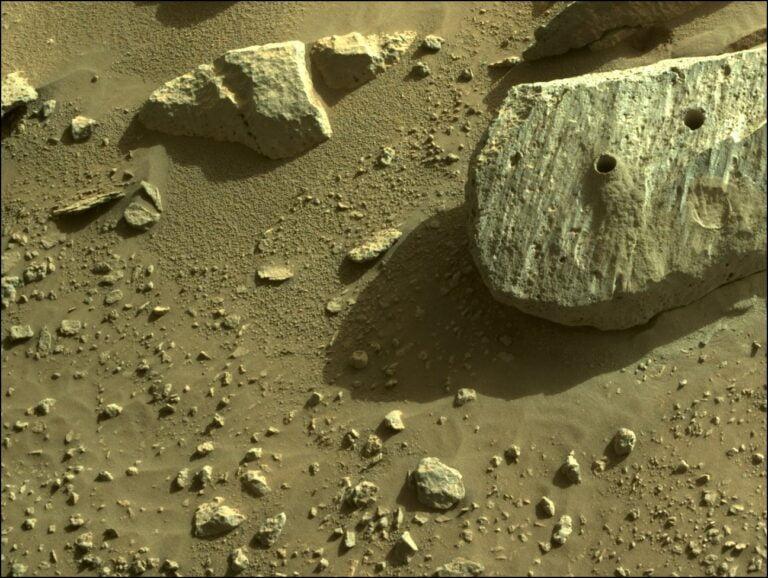 Perseverance Mars'ta Yeni Örnekler Topluyor